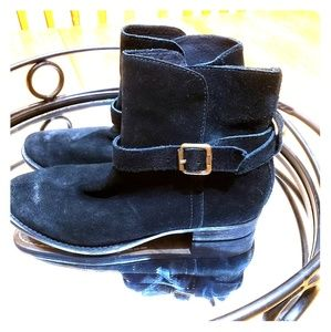 Black brushed suede Sam Edelman Malone booties